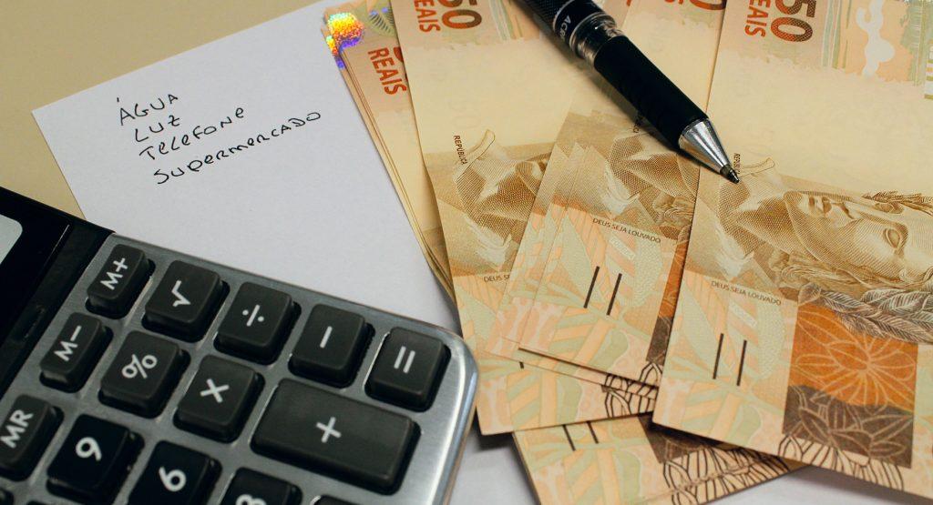 seguro-residencial-pagar-contas